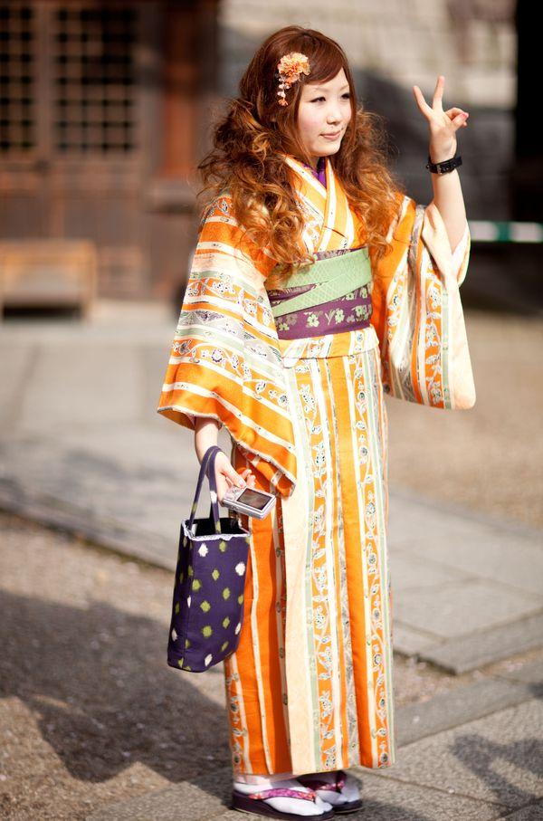 KYOTO- KIMONO GIRL-2