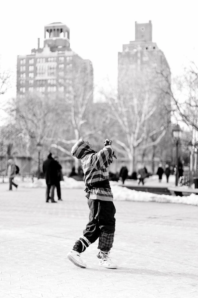 DANCING MAN VII