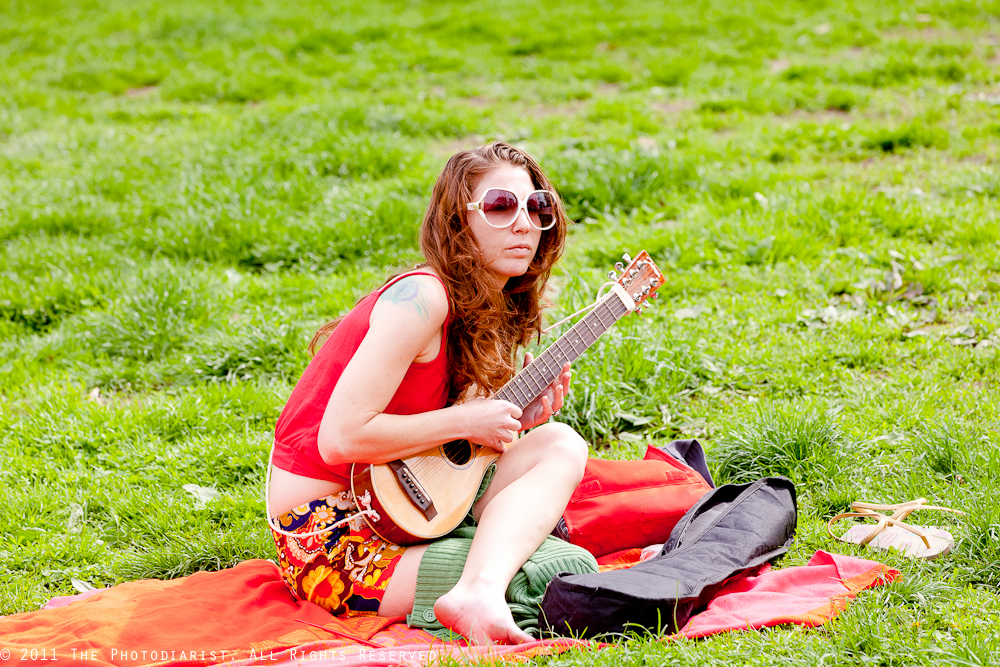 MUSICAL GIRL IN CENTRAL PARK