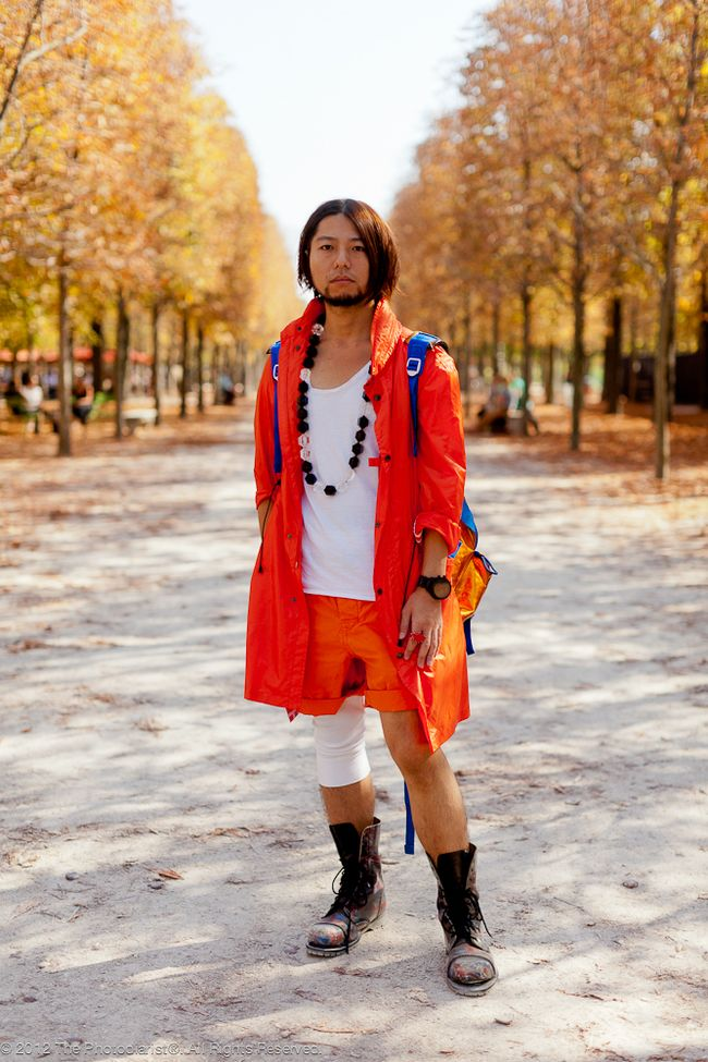 PARIS FASHION WEEK- ORANGE CRUSH