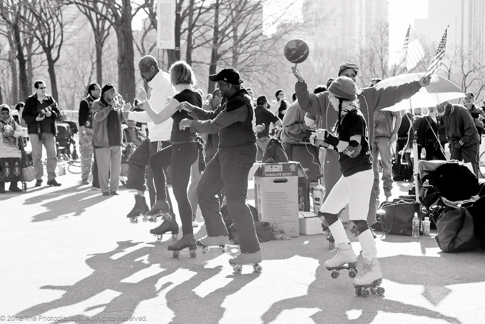 AT CENTRAL PARK- SKATERS IV
